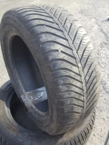 КОМПЛЕКТ 215/55 R16 GOODYEAR Vector 4Seasons
