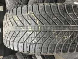Резина 235/55 R17 GOODYEAR Vector 4Season, зима 2шт